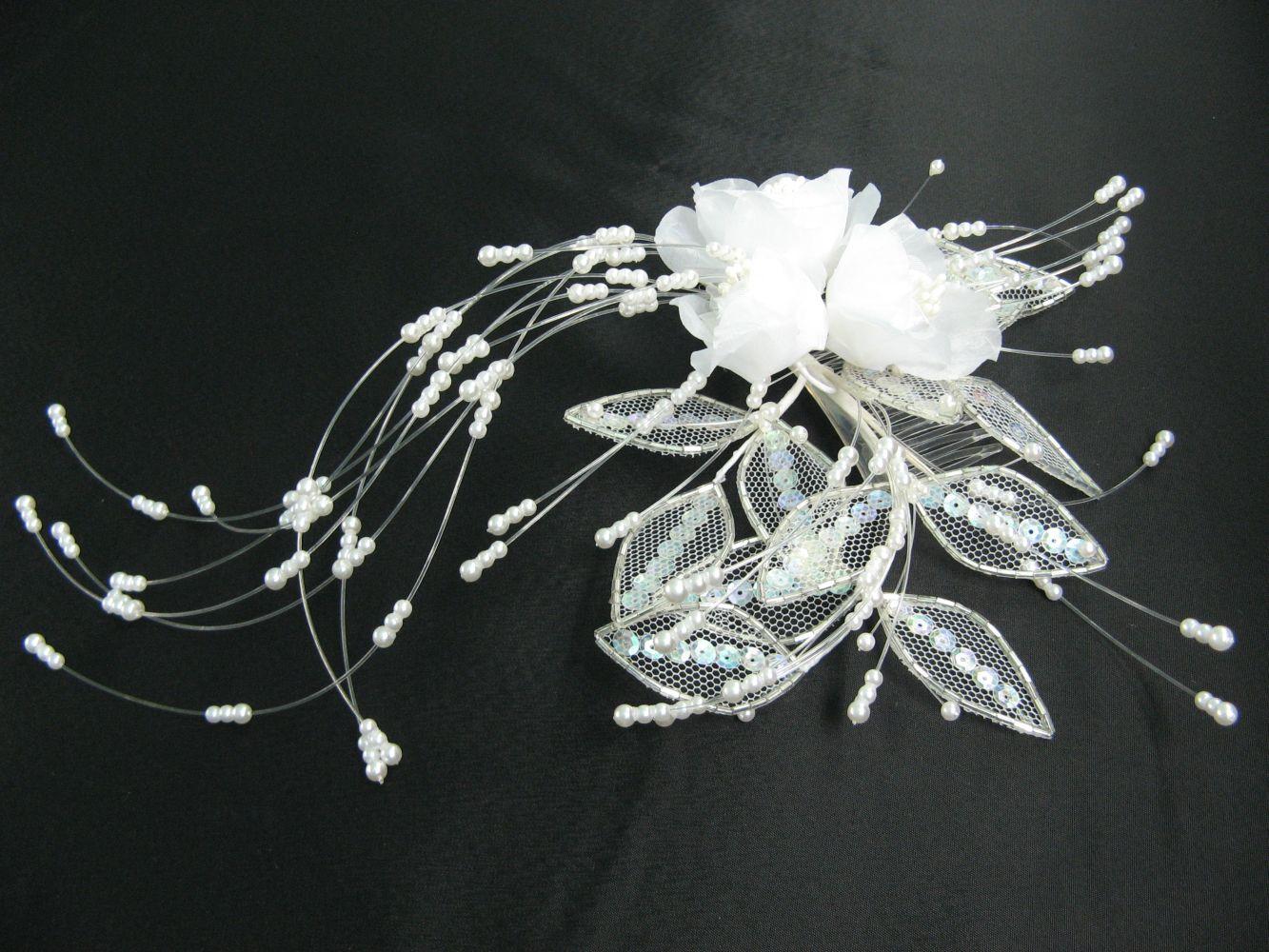 Gesteck mit Perlen und Pailletten, Sonderposten!