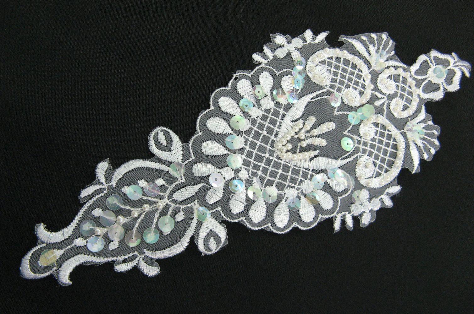 Organza Stickerei mit Perlen und Pailletten  10x24 cm